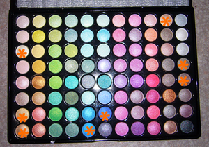 Make_up_n_28_palette