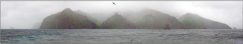 Panoramas sur la côte nord de Gough Island vue du Lyrial - Tristan da Cunha