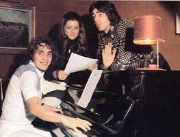 1974, session Sheila-Mémé-Ringo au piano / HD !