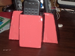 Range- télecommande en carton