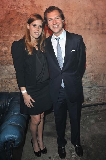 Beatrice et Dave à une soirée