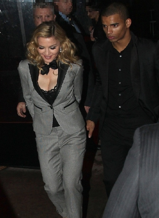 20120124-pictures-madonna-boom-boom-room-new-york-we-02