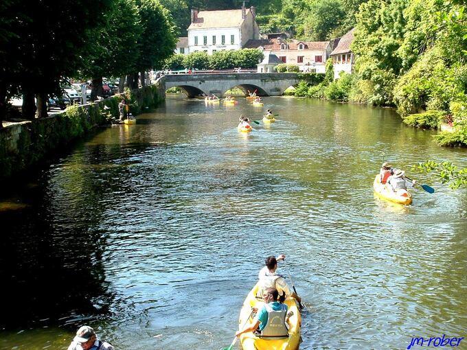 Brantôme, une ville ravissante du Périgord nommée «la Venise verte»
