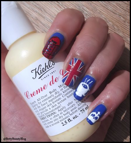 "Nailstorming ""God Save the Queen"""