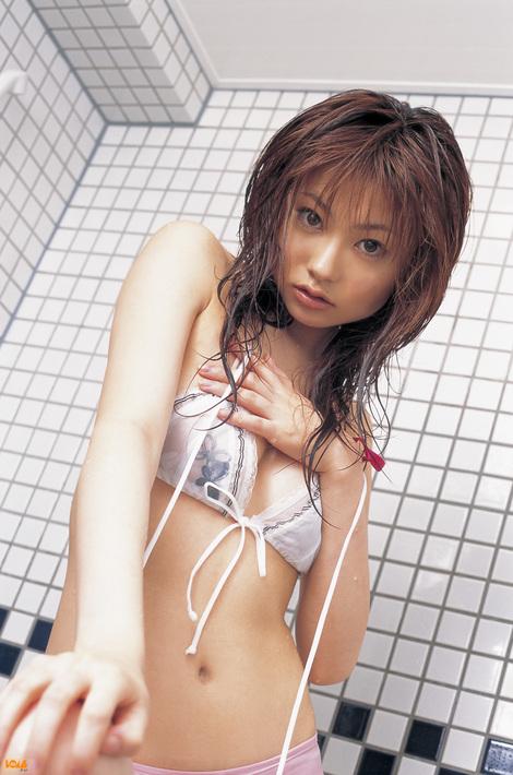WEB Gravure : ( [Bomb.tv - GRAVURE Channel] - | 2005.07 | Akane Suzuki/鈴木茜 )