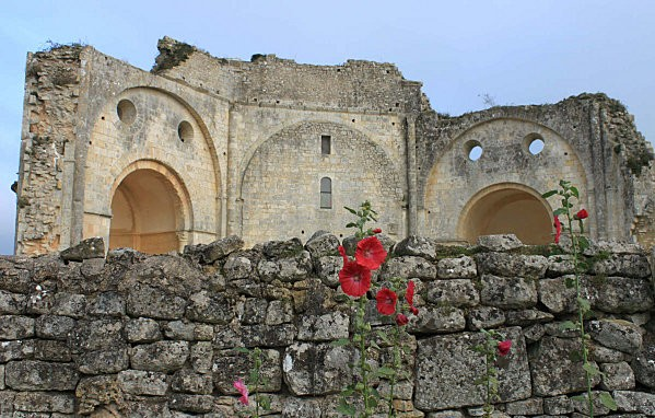 abbaye de trizay -9-