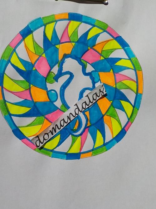 DOMANDALAS  création personnelle mise en couleurs par mes soins