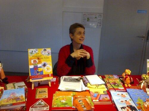 Recueil de poésie, illustrations et jeux de graphies pour les enfants, article dans Loisirs Mag