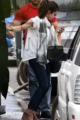 CANDIDS : Selena et Justin  à l'extérieur de l'hôtel Four Seasons