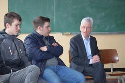 Visite d'Armel Job, un écrivain en classe...