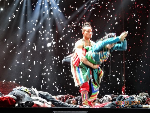 spectacle de danse à Kunming; suite