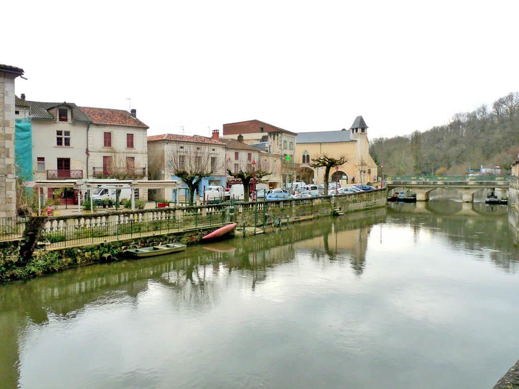 Brantôme - -Dordogne -  L'un des plus beaux villages de France