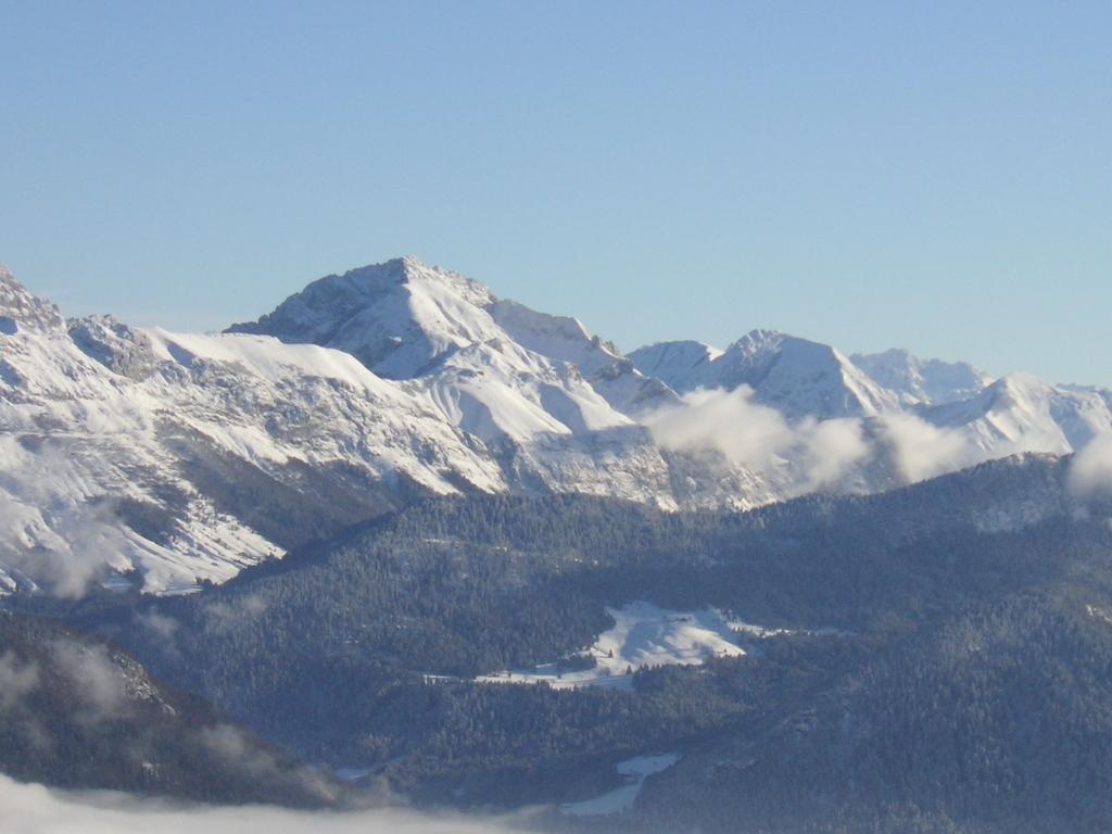Vues de la Chaîne des Alpes depuis le Semnoz