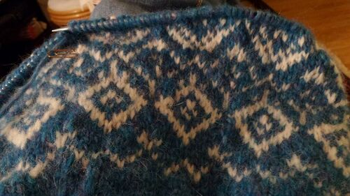 Tricoter son premier pull jacquard