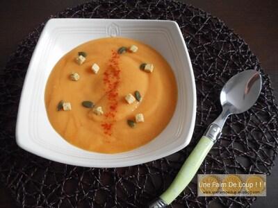 Velouté aux carottes et crème d'amande