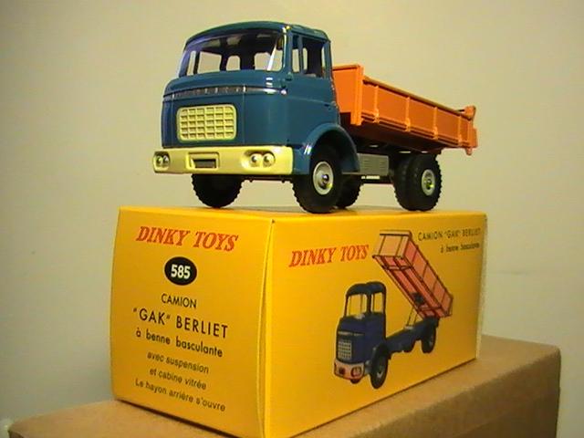 rééditions dinky toys