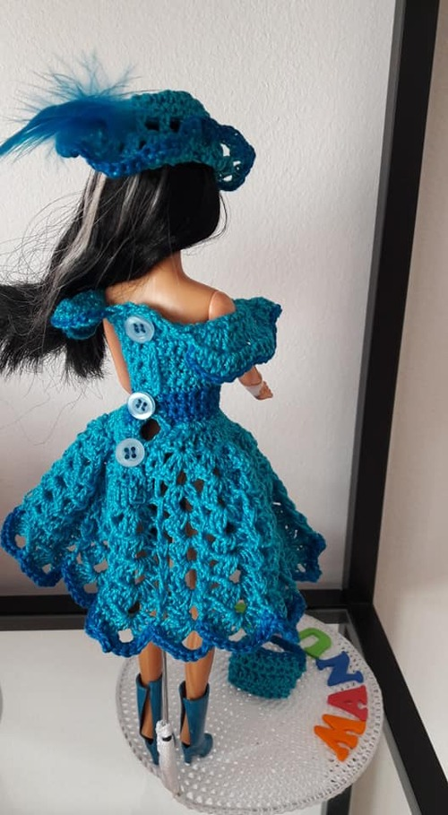 Cowgirl robe barbie au crochet
