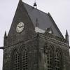 Le Parachutiste sur le toit de l'église
