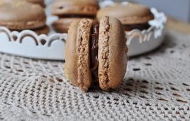 Macarons chocolat et nougatine
