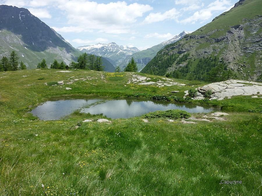 Le lac de Soliet et la vallée du Ribon