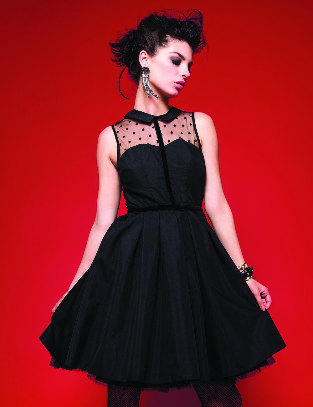 Robe noire : danseuse