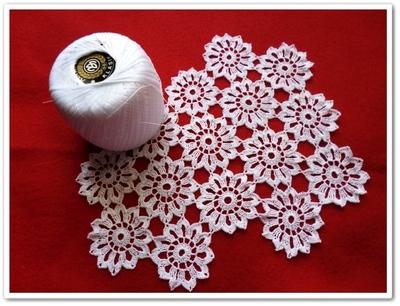 Petites fleurs au crochet