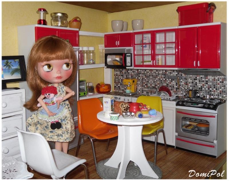 Maison de poupée 1:6 pour poupée de 30cm