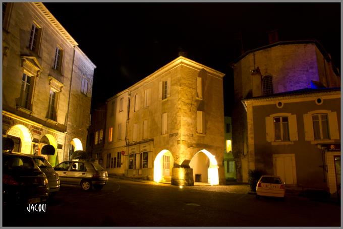 - Bazas et sa cathédrale