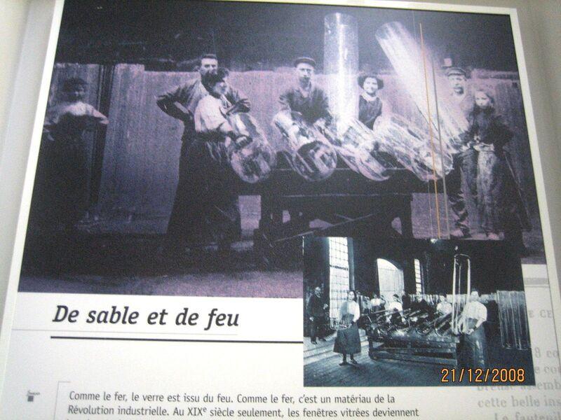 MUSEE AU CHARBONNAGE DU  BOIS DU CAZIER PRES DE CHEZ MOI