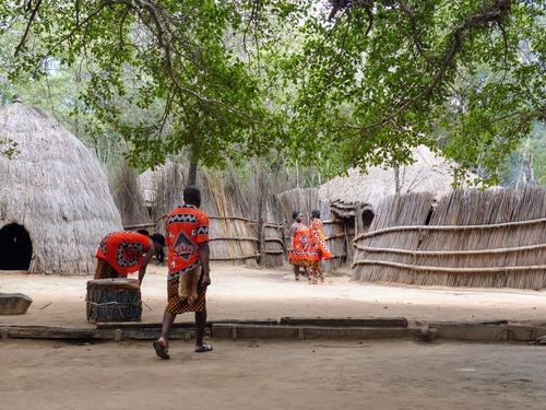 Matsamo, un petit village zoulou à la frontière Swaziland-Afrique du Sud
