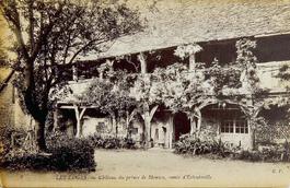 LES REMPARTS D'ESTOUTEVILLE (Seine-Maritime)