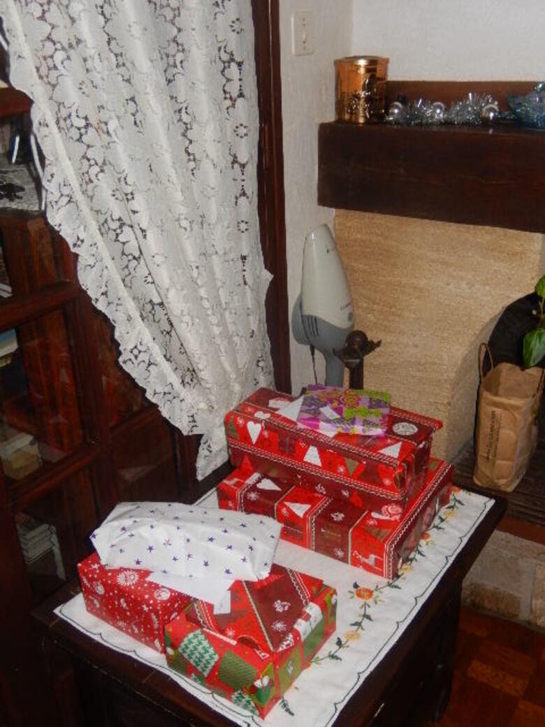 La magie de Noël et le père noel est passé .......et à chacun son cadeaux