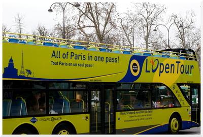 1. Visiter PARIS en bus touristique