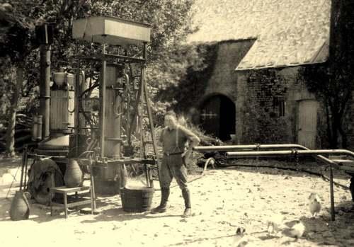 Le grand almanach de la France : Bouilleurs de crus