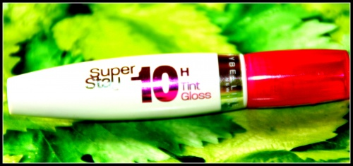 Nat: Super Stay 10h de Maybelline