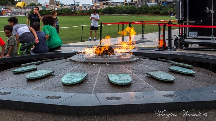 Province de l'Ontario : Ottawa Flamme du Centenaire