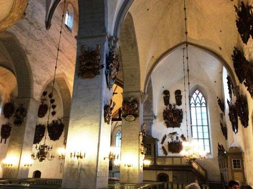 Vue de Tallinn, en Estonie, et Cathédrale de la Vierge Marie - ou du Dôme (photos)