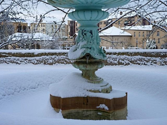Vivre à Metz sous la neige 15 mp1357 2010