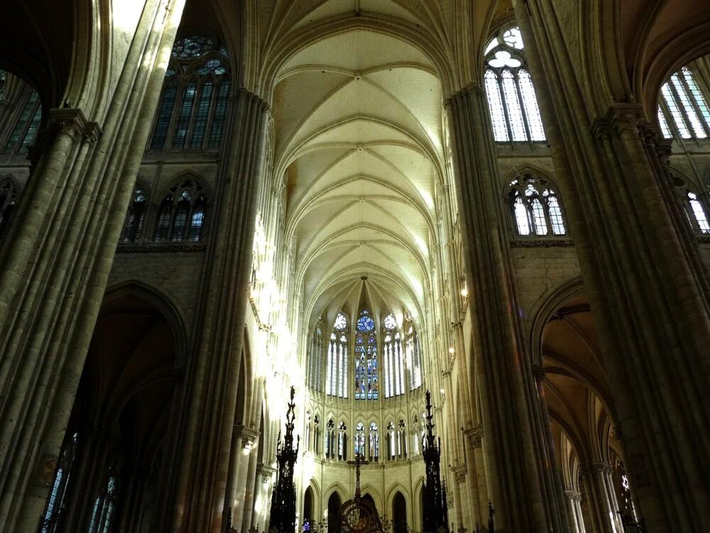 Les vitraux de la cathédrale d'Amiens