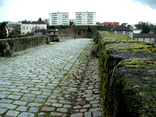 Limousin : Limoges,quartier pont Saint-Martial