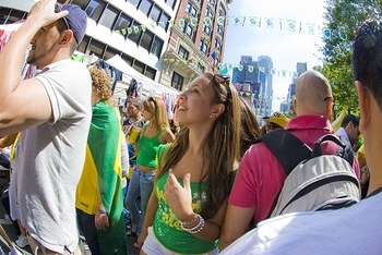 ny_brazilian_day_in_new_york_2009_19_420