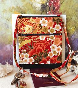 Petits sacs en tissu double ouverture avec bandoulière