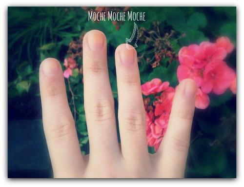 Aujourd'hui, je me suis fait poser des faux ongles...
