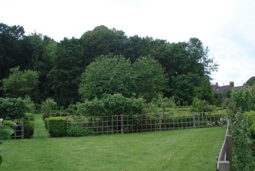 Jardin et château de Esquelbecq.Nord.