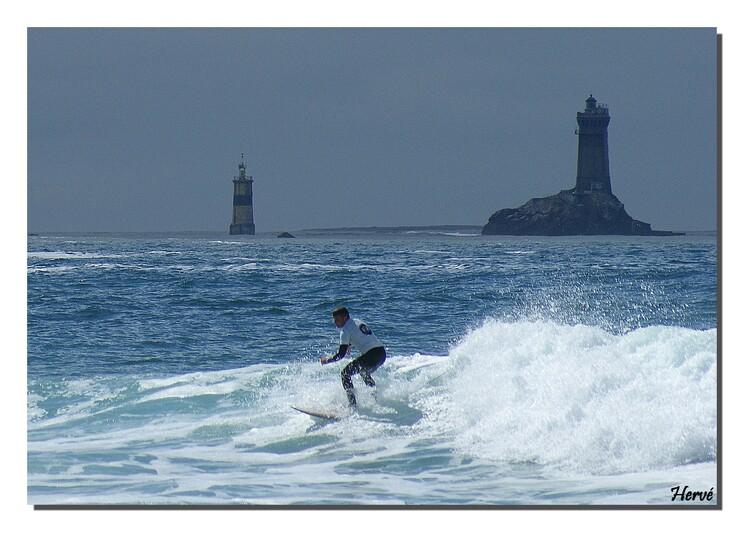 Le Finistère (25)