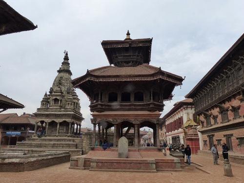 d'autres temples  tout aussi jolis;