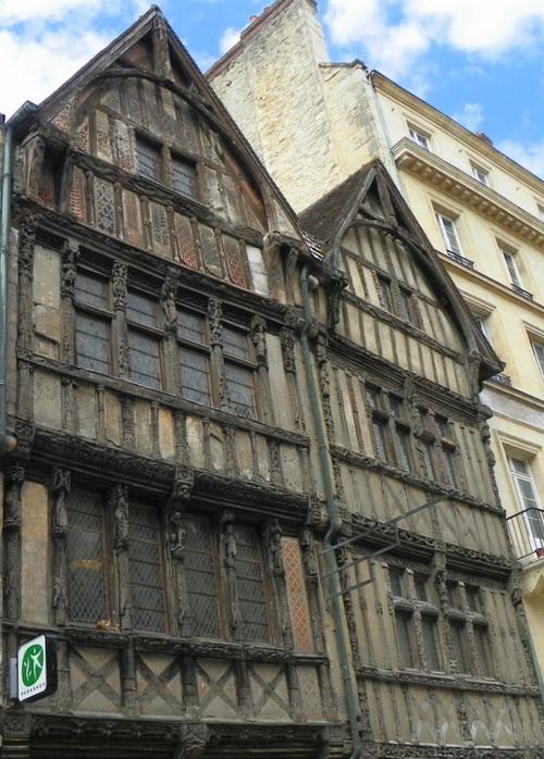Maisons à pans de bois à Caen