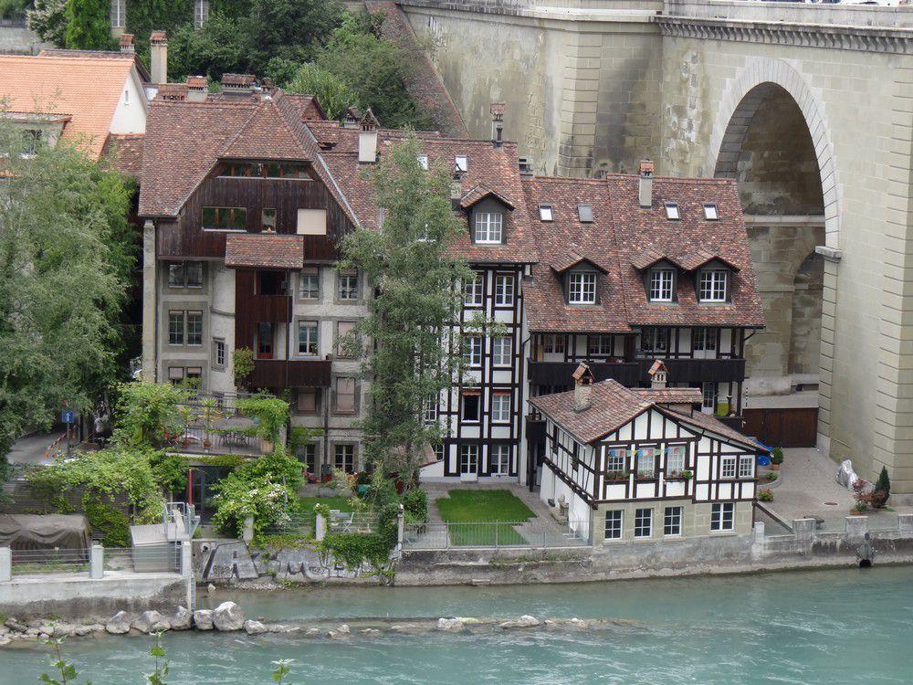 Balade dans les rues de Berne, en Suisse...