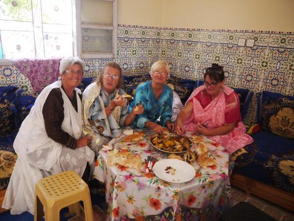 On mange à la marocaine