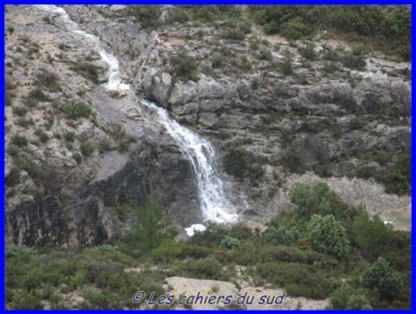 garlaban-eau-des-collines 9613 [640x480]